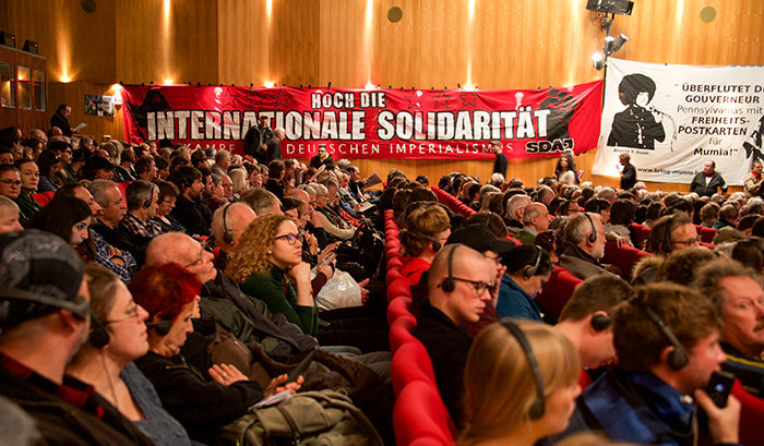 Durchgehend voller Saal. Foto: Gabriele Senft