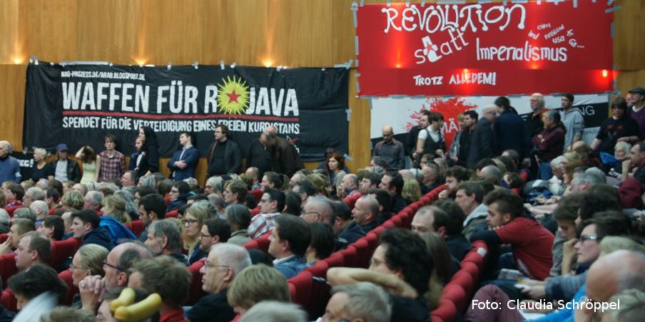 Ein durchgehend voller Saal bei der Rosa-Luxemburg-Konferenz 2015. Foto: Claudia Schröppel