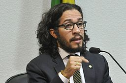 Jean Wyllys. Foto: Senado Federal [CC BY 2.0 (http://creativecommons.org/licenses/by/2.0)], via Wikimedia Commons